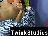 blond, brown hair gays, gay fucking, gay fuck, kissing, sex, students twinks, trimmed